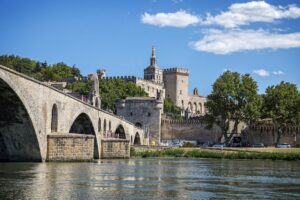 Un chargement de Marseille pour Avignon